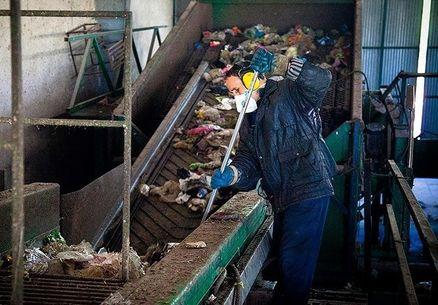 در صورت ترخیص تجهیزات از گمرک صورت می گیرد؛ بهرهبرداری از بازیافت زباله اسلامآباد غرب