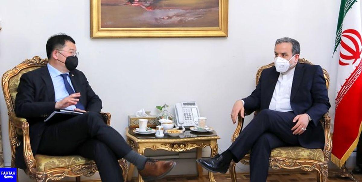 عراقچی در دیدار دیپلمات کرهای: اقدام تروریستی نطنز صریحا از سوی همه کشورها محکوم شود