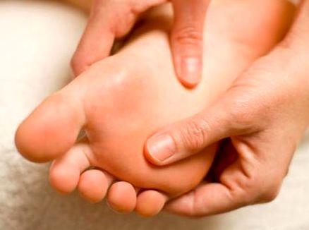 درد کف پا؛ علل و درمان آن