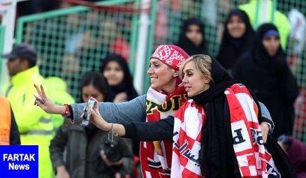 دختران خوردبین در ورزشگاه آزادی+ عکس