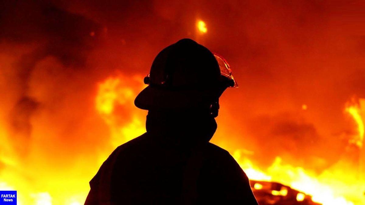 آتش سوزی هولناک در خیابان سهروردی/ نجات مادر و دو فرزندش