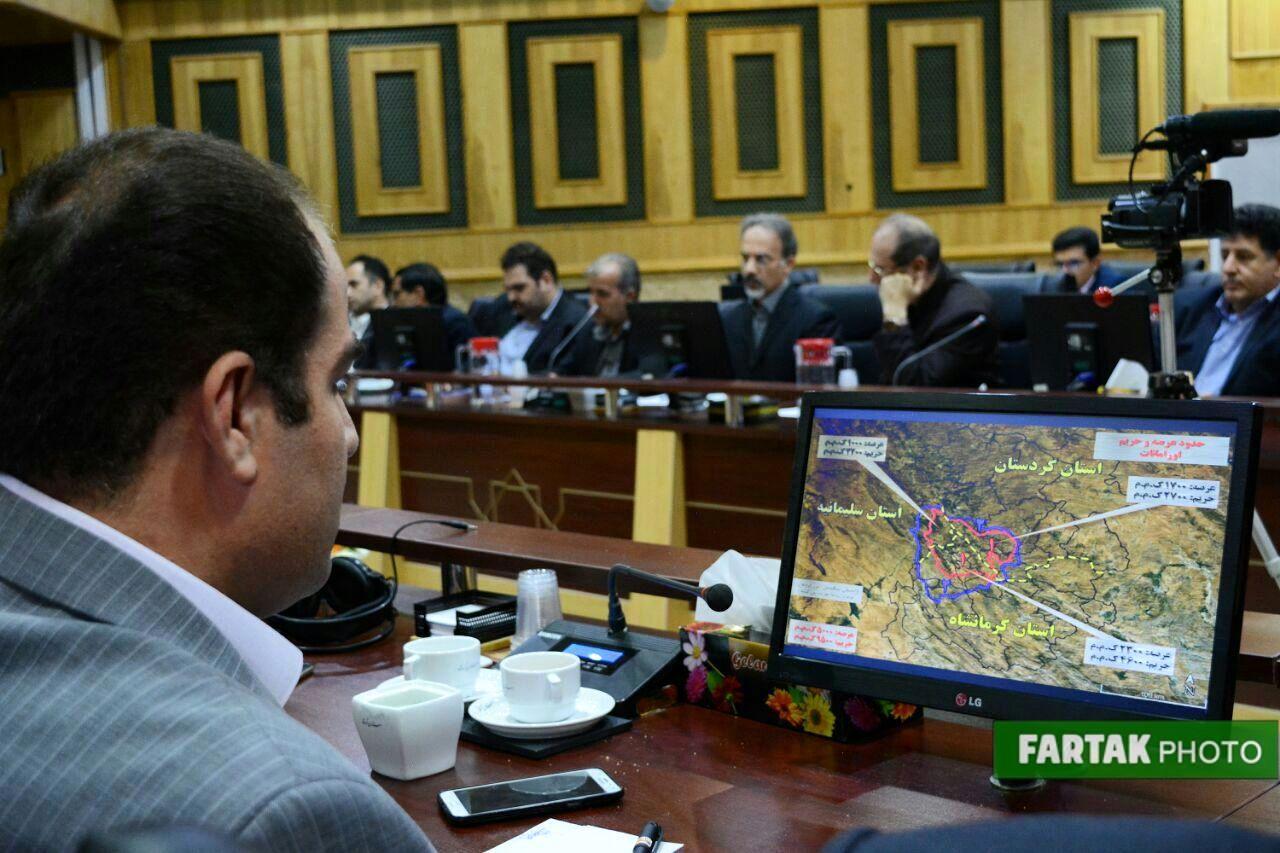 نشست اولین کارگروه ثبت طبیعی منطقه اورمانات با حضور استاندار