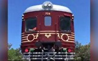 اولین قطار تمام خورشیدی جهان ساخته شد