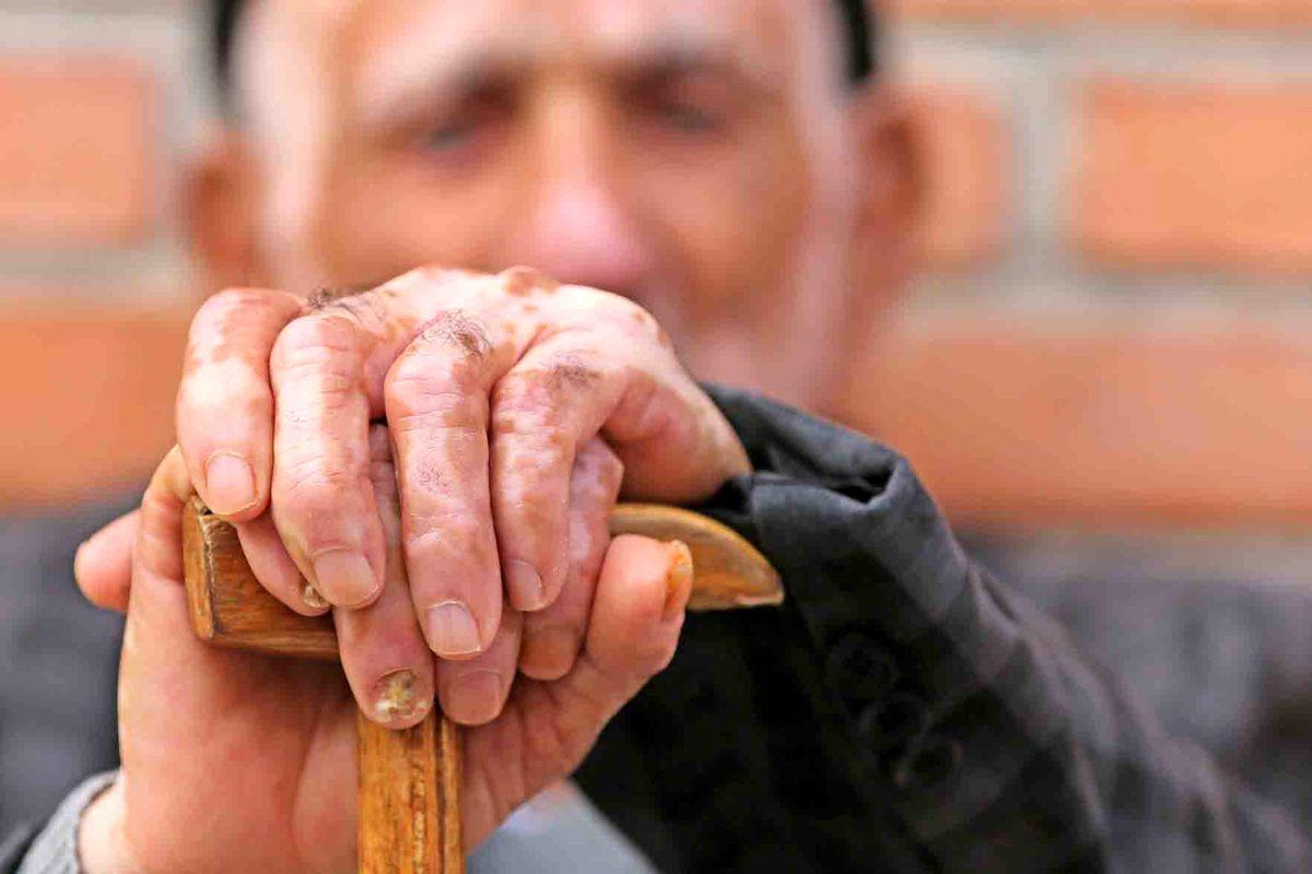 مراقبت از سالمندان در روزهای کرونایی