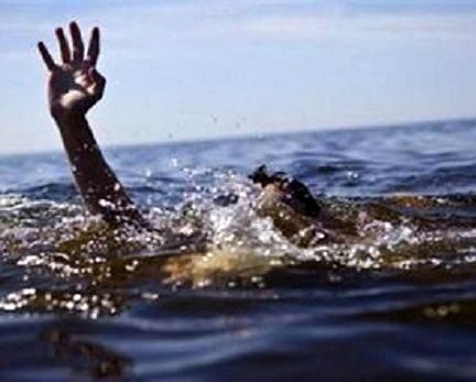 غرق شدن 30 فوتبالیست و هوادار در اقیانوس آرام