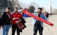 حاشیه دیدار پرسپولیس - تراکتور| حضور هواداران تراکتور در ورزشگاه آزادی + تصاویر