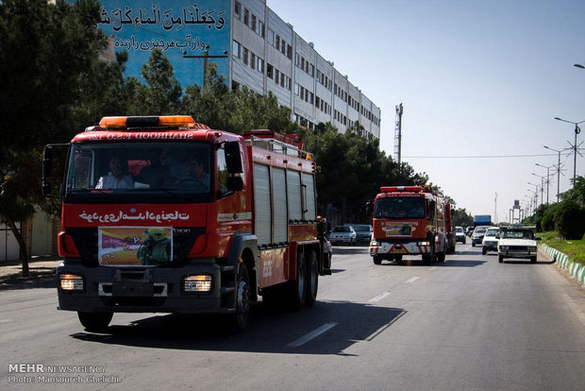 استقرار نیروهای آتشنشانی و اورژانس/ترافیک در محورهای اصلی پایتخت
