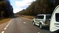 واژگونی وحشتناک خودروی شاسی بلند وسط بزرگراه+فیلم