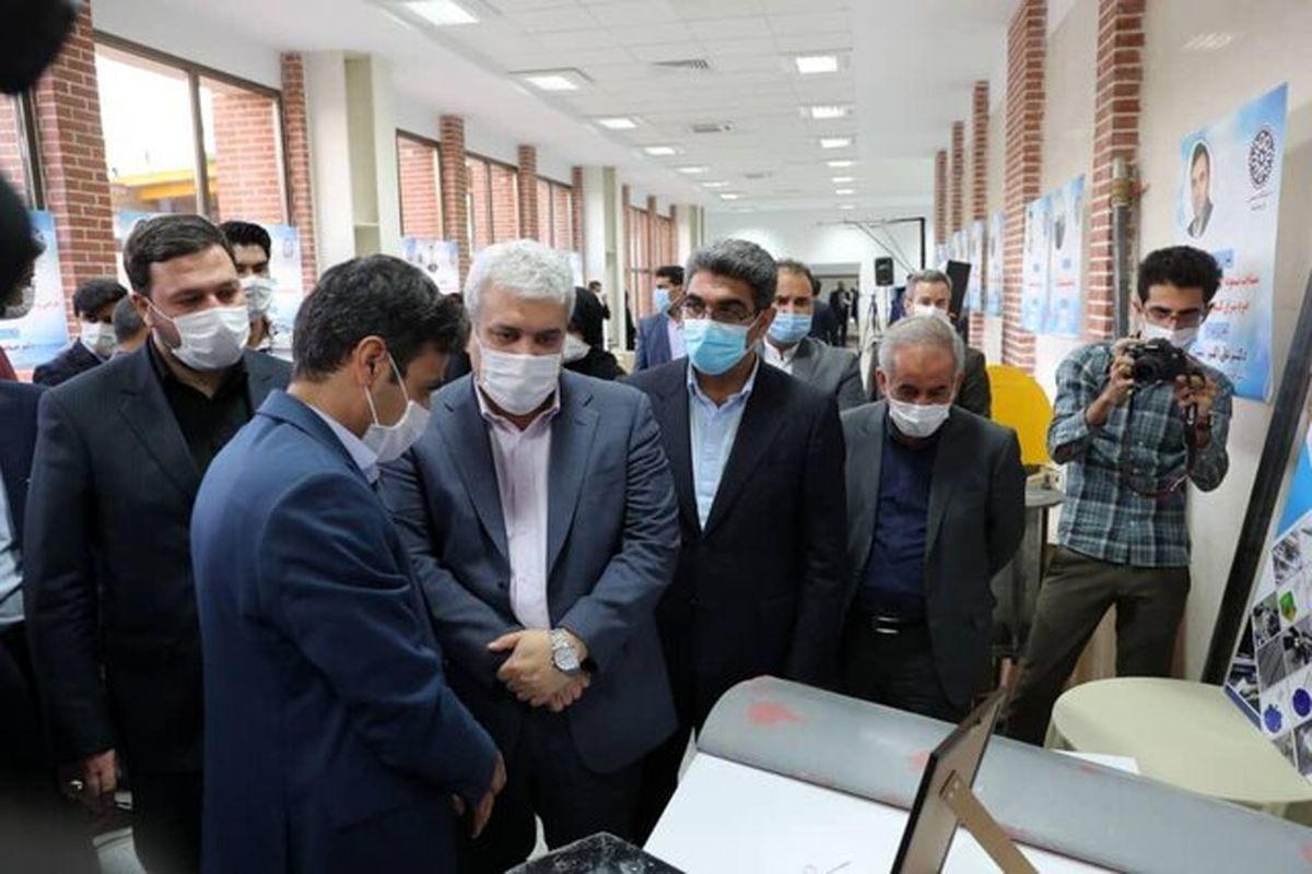"""رونمایی از ۵ طرح فناورانه """"سلامت"""" در کرمانشاه"""