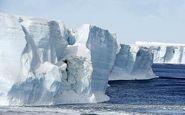 لحظه شکسته شدن یک یخچال طبیعی و فرار از مرگ دو ماجراجوی کایاک سوار