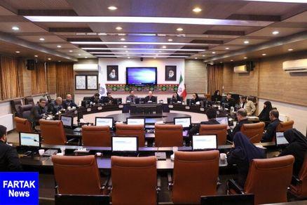 ۱۸ درصد مصوبات شورای شهر همدان مغایر با قانون بوده است