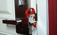 قفل عجیب و متفاوتی که امنیت دربها را تضمین میکند + فیلم