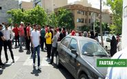 تجمع دوباره هواداران پرسپولیس مقابل باشگاه؛ شعار علیه عرب + تصاویر