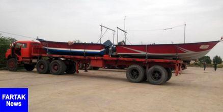 8 فروند قایق صیادی از بندر امام حسن به مناطق سیلزده منتقل شد