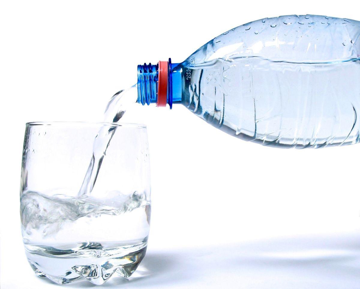 در این 5 موقعیت اصلا آب نخورید!