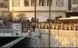 آتشنشانان جلوی خودکشی دختر جوان در اتوبان امام علی را گرفتند