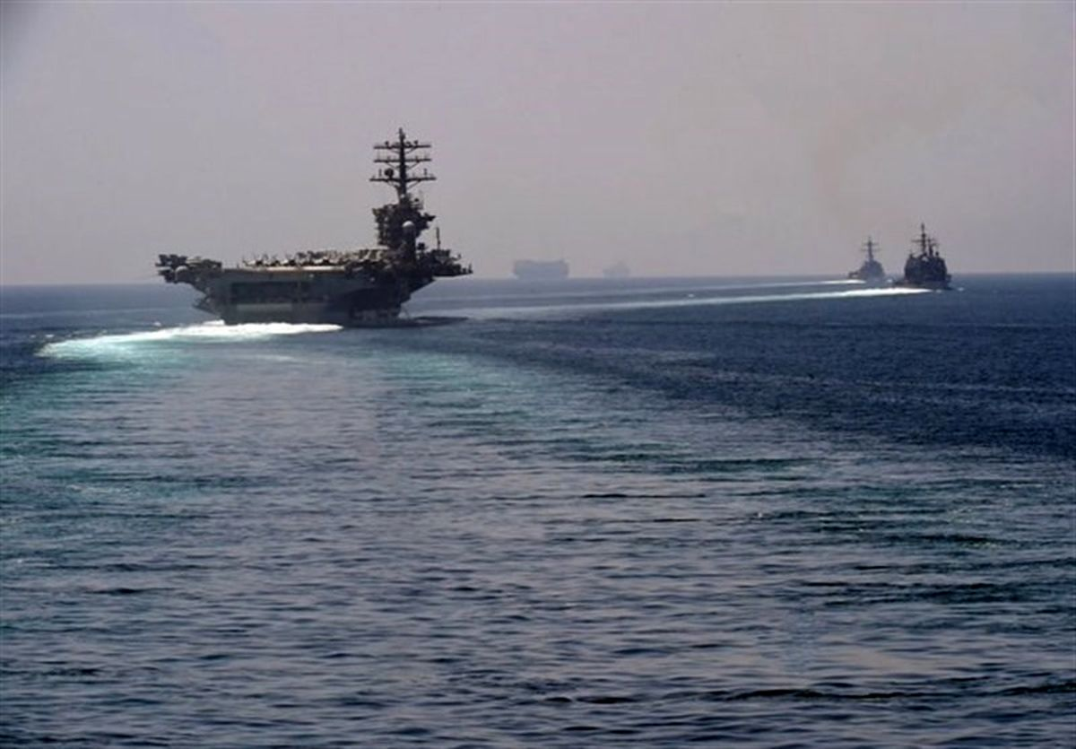ورود ناو هواپیمابر آمریکایی به خلیج فارس