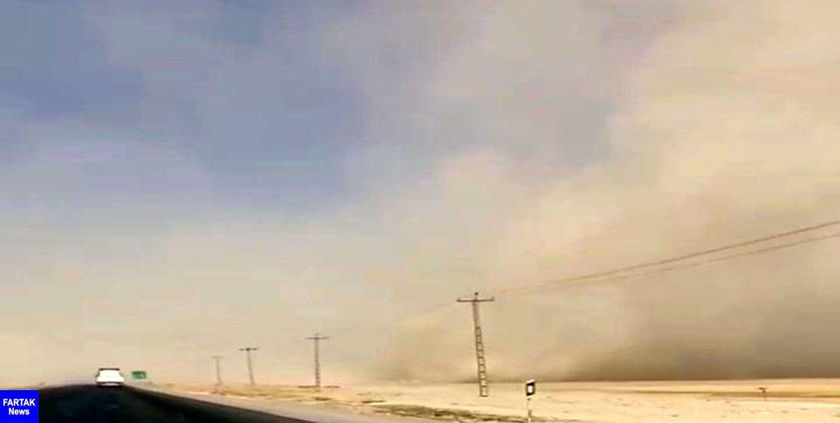 تصادف زنجیرهای ۱۰ خودرو سواری در محور قروه همدان