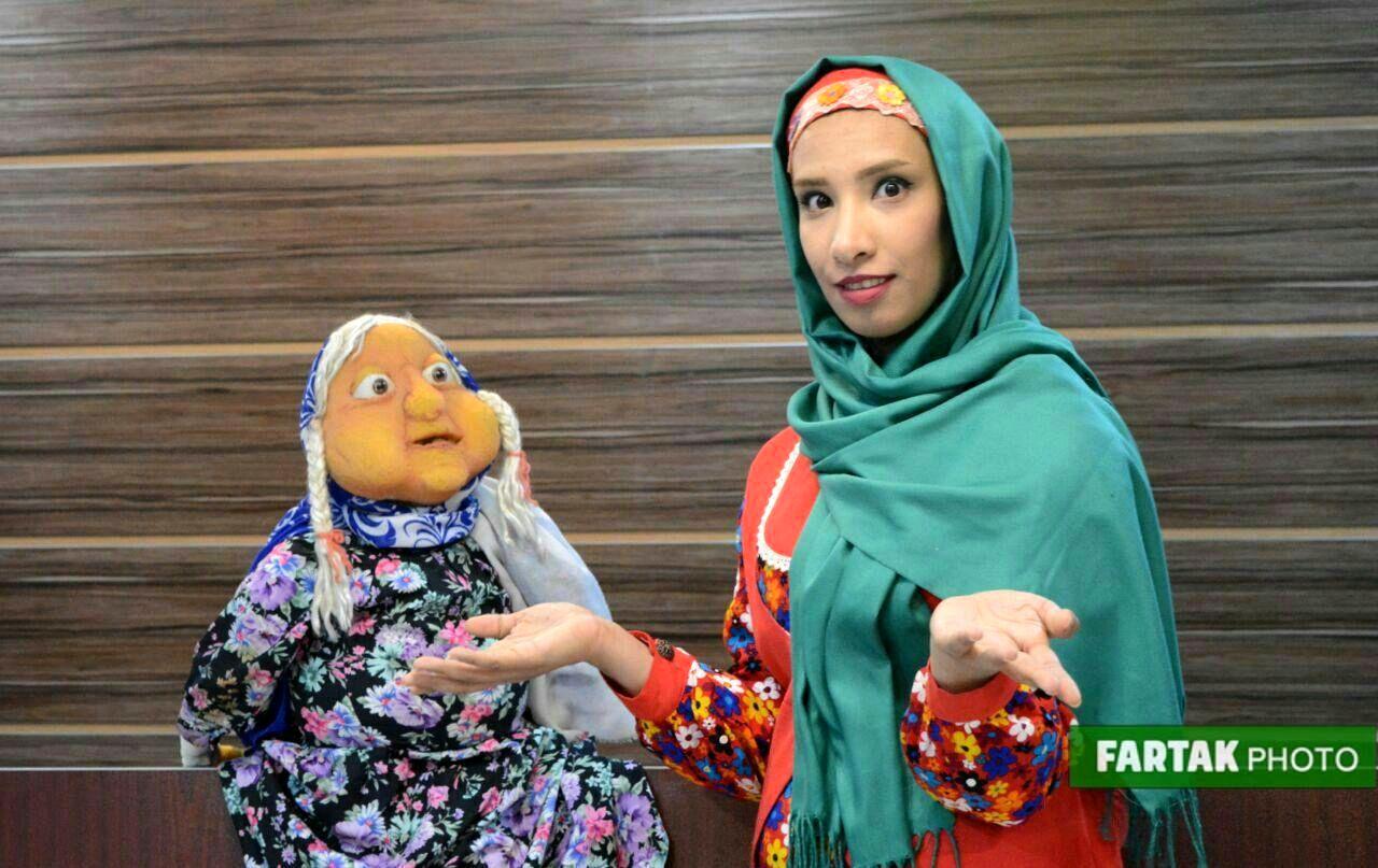 نمایش با نشاط برای کودکانه توسط عمو احسان و خاله مهسان