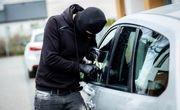 دستگیری سارقان وسایل داخل خودرو با 20 فقره سرقت در کرج
