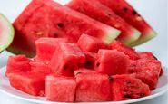 مصرف هندوانه در شب برای بدن مضر است